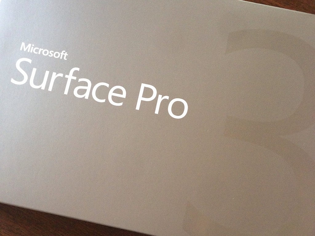 Surface Pro 3の箱